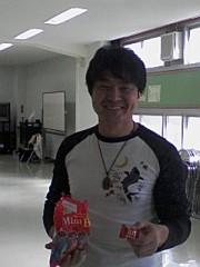 小川賢勝 公式ブログ/飴ちゃんをどうぞ(笑) 画像3
