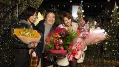 桐山漣 プライベート画像/笑顔と花束に囲まれて 笑顔と花束に囲まれて