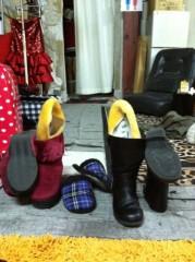 福野みはる(ポンバシwktkメイツ) 公式ブログ/靴はアートだ。 画像1