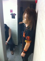 SHINGO☆(SEX MACHINEGUNS) 公式ブログ/仙台パンチ!! 画像2