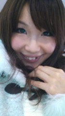 明日香 公式ブログ/電車で移動中〜(o^∀^o) 画像1