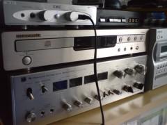 小林洋平 プライベート画像 CDプレーヤーとアンプ類です。