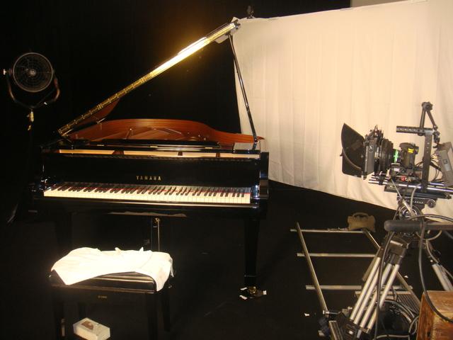 A.Piano