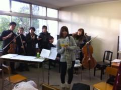 鬼塚忠 公式ブログ/カリスマビジネス作家和田さんと、一流の演奏家が集まっての練習。 画像1
