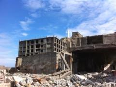鬼塚忠 公式ブログ/廃墟。36年前までここに5千人の人が住んでいた軍艦島。 画像3