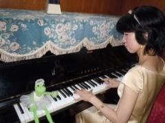 石川恵深 公式ブログ/恵深、ピアノを弾きながらジュリエットに(*^_^*) 画像1