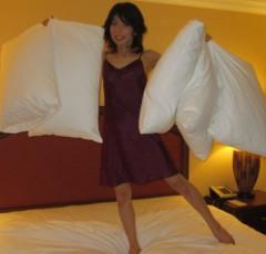 石川恵深 公式ブログ/5枕で告白&オヤスミ☆彡 画像1