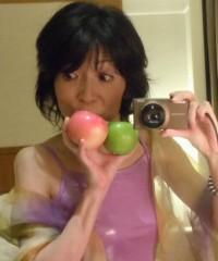 石川恵深 公式ブログ/赤いりんご…青いりんご… 画像2