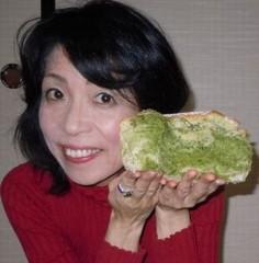 石川恵深 公式ブログ/抹茶シフォンケーキ&エミコメ(^^) 画像1