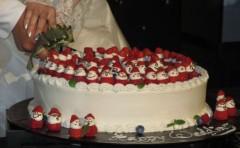 石川恵深 公式ブログ/苺のウエディングケーキ… 画像1