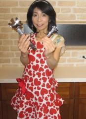 石川恵深 公式ブログ/エプロンandトングで… &エミコメ!(^^)! 画像1