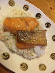 市川勝也 公式ブログ/夕飯・鮭チャーハンでスマイル 画像1