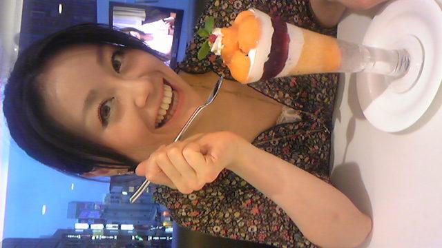 さなちゃん2010夏ベストショット♪食べも