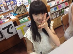 東京女子流 公式ブログ/各地でサイン会中♪ 画像1